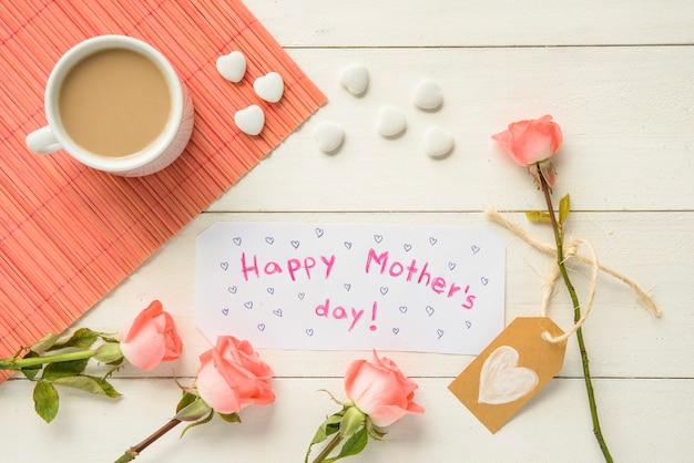 Rozmieszczenie atrybutów na dzień happy mother`s
