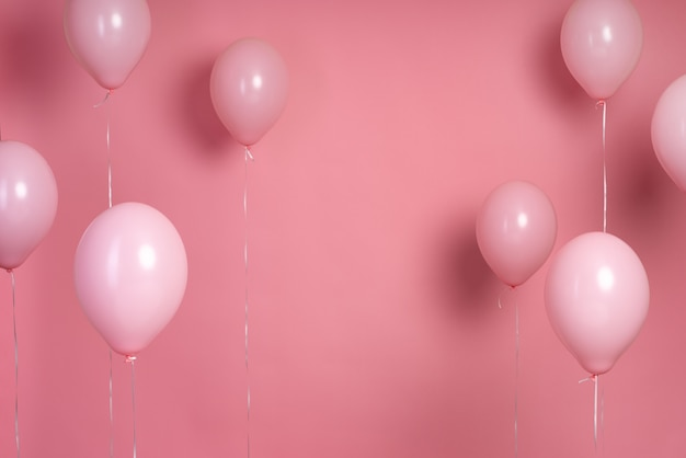 Rozmieszczenie różowych balonów z miejsca na kopię