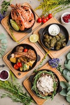 Różne dania kuchni kaukaskiej