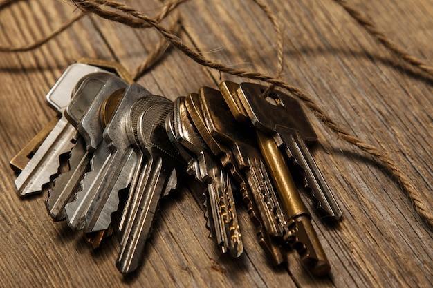 Różne klucze w wątku