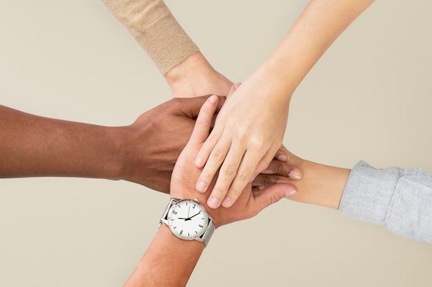 Różne ręce zjednoczonego biznesu gest pracy zespołowej