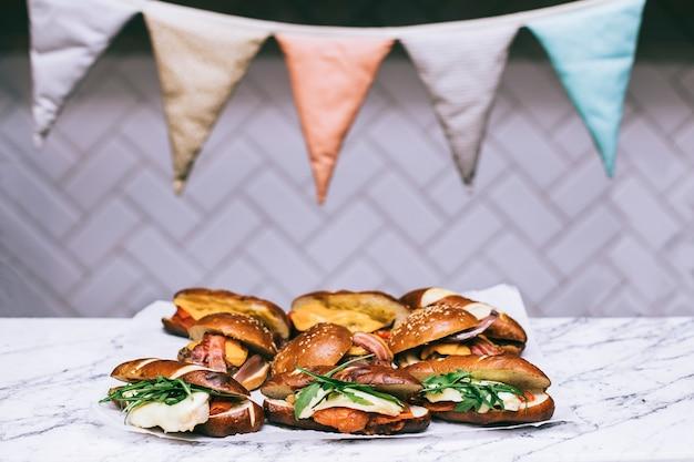 Różne rodzaje kanapek
