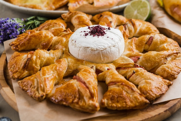 Różne rodzaje pieczywa orientalnego