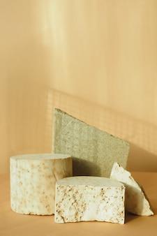 Różne szczątki z teksturą betonu. podium do prezentacji produktów