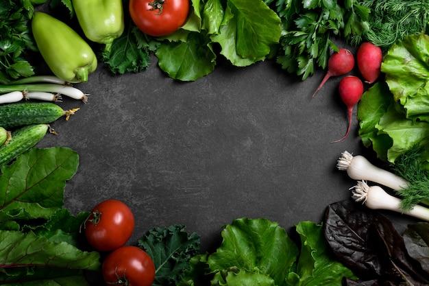 Różne warzywa i zioła