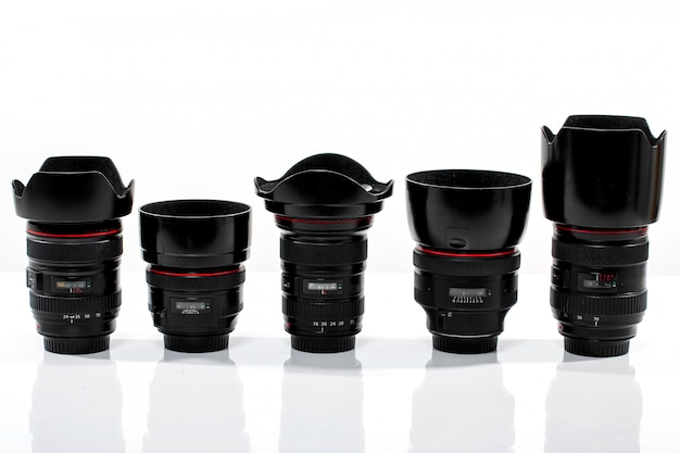 Różne wymienne obiektywy aparatu