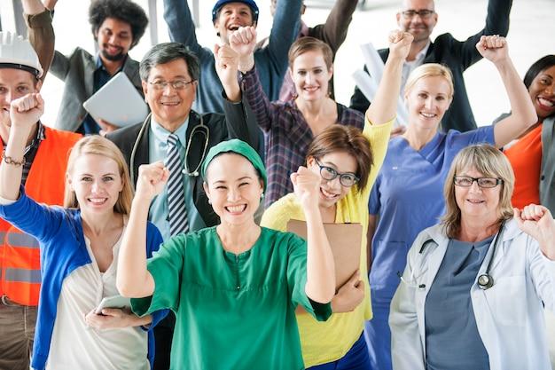Różnorodna grupa ludzi różnorodnego zajęcia społeczności świętowania pojęcie