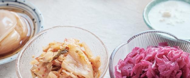 Różnorodność fermentowanych pokarmów probiotycznych dla zdrowia jelit