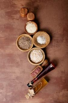 Różnorodność soli i przypraw