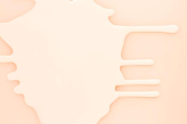 Różowa plama tłustej farby