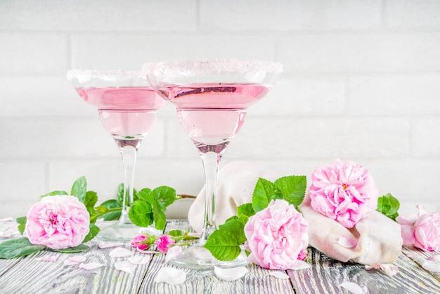 Różowa róża koktajle