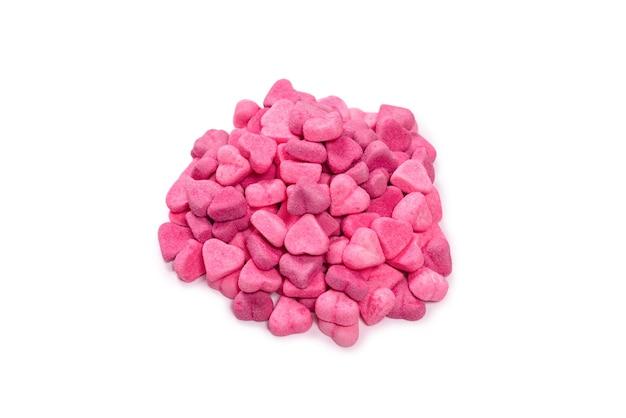 Różowe cukierki gumowate. widok z góry. słodycze galaretkowe. pojedynczo na białym tle.