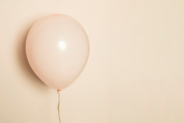 Różowy balon