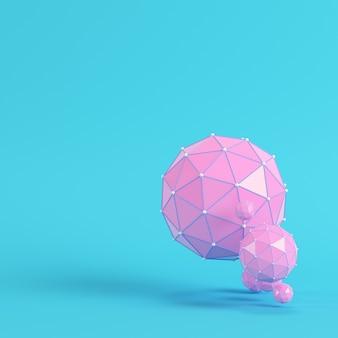 Różowy low poly abstrakcyjne kule na jasnym niebieskim tle