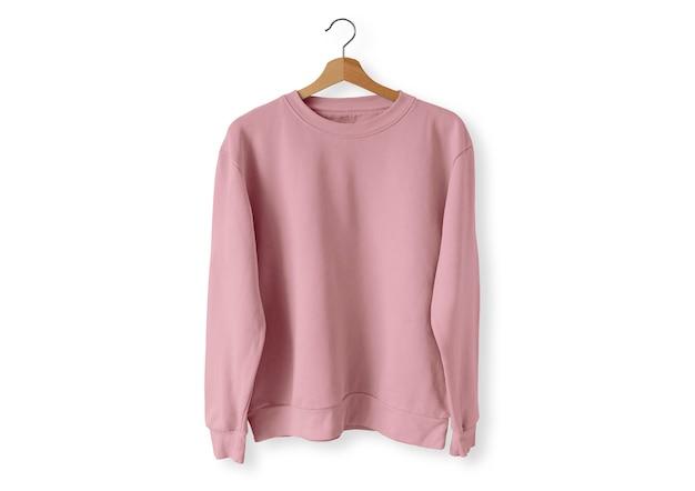 Różowy sweter z przodu