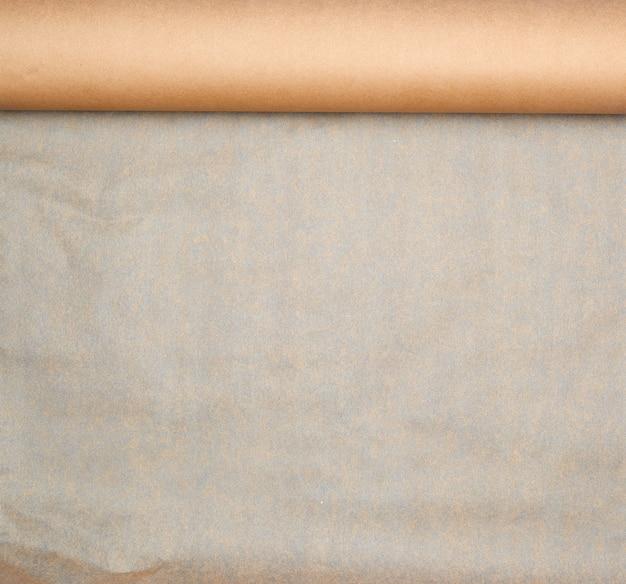 Rozszerzona rolka brązowego papieru
