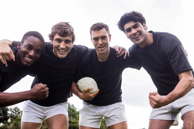 Rugby gracze doping wraz z piłką