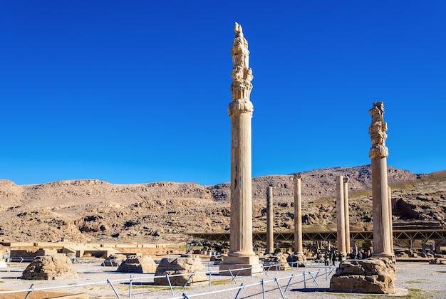 Ruiny pałacu apadana w persepolis - iran