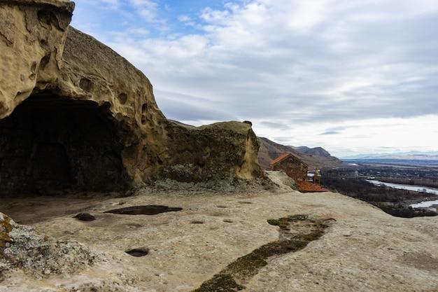 Ruiny skalnego miasteczka upliscyche