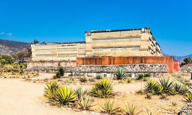Ruiny zapoteków na stanowisku archeologicznym mitla w oaxaca w meksyku