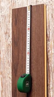 Ruletka przy planszy, pomiar długości planszy