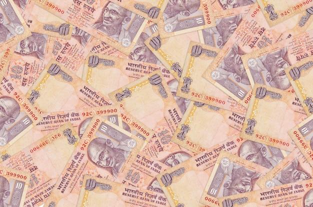 Rupie indyjskie rachunki r. w wielki stos