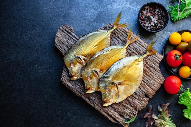 Ryba morska wędzona vomer ekologiczna dieta pescetarian