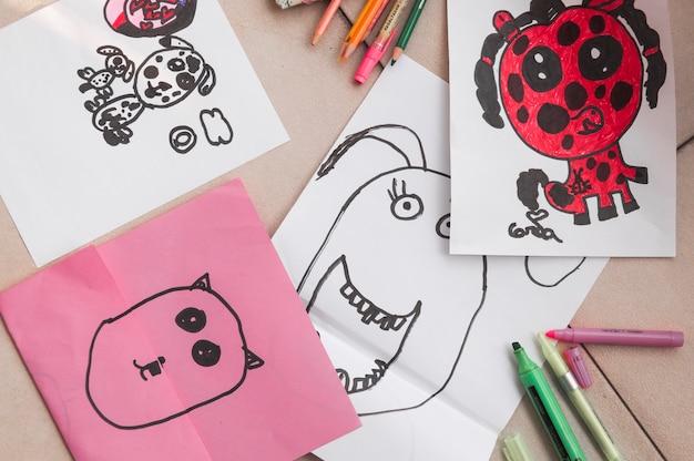 Rysowanie materiałów w pobliżu doodli