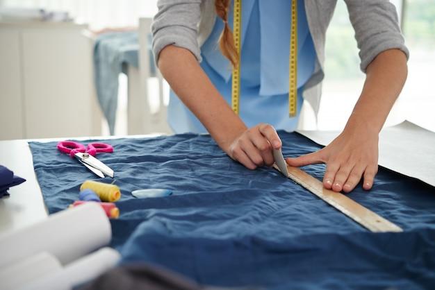 Rysowanie na tkaninie