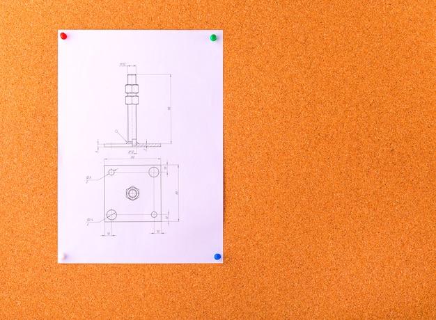 Rysowanie za pomocą przycisków na powierzchni korka.