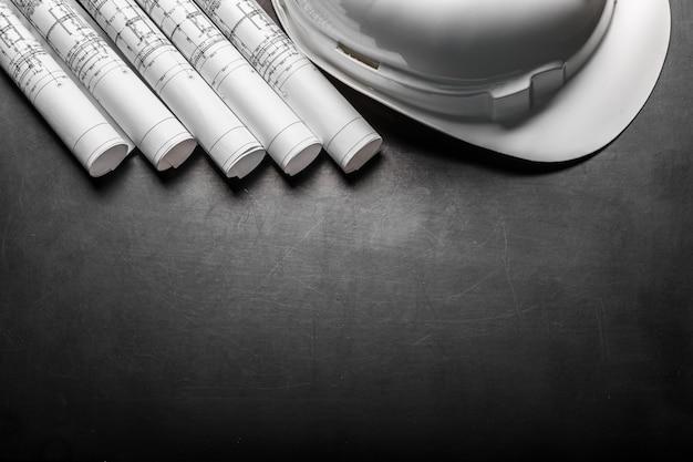 Rysunki konstrukcyjne planowania na czarnym tle