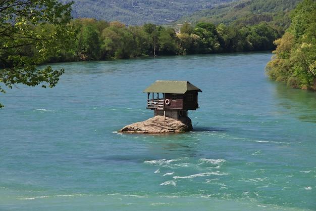 Rzeka w serbii, bałkany