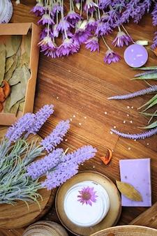 Rzemieślnicze organiczne kosmetyki do kąpieli