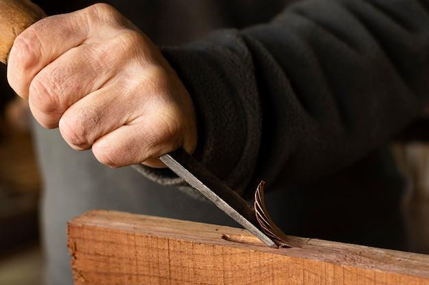 Rzemieślnicze polerowanie drewna