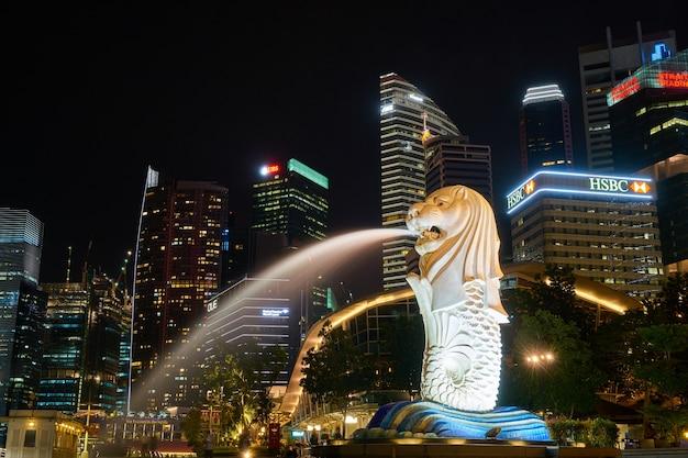 Rzeźba miasta długa ekspozycja złożona niesamowite