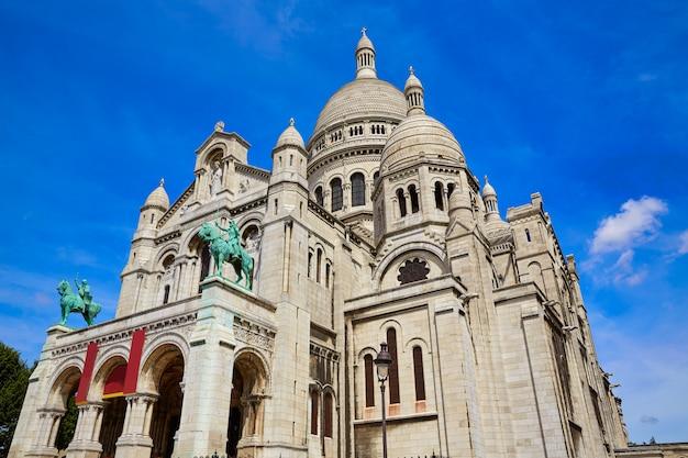 Sacre coeur basilique w montmartre w paryżu