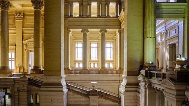 Sądy wewnętrzne wnętrza brukseli w belgii