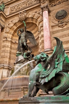 Saint michel fontanna