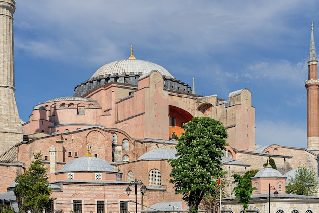 Saint sophia, hagia sophia, ayasofia historyczny punkt orientacyjny stambuł, turcja.