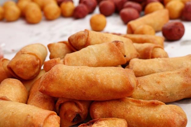 Sajgonki na ulicy żywności