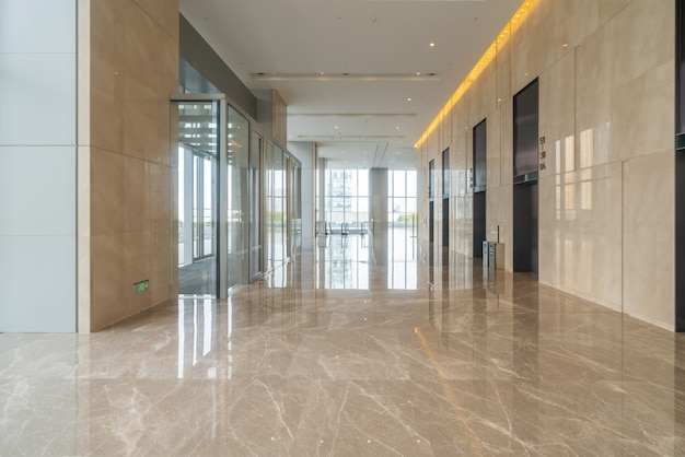 Sala wewnętrzna budynku biurowego centrum finansowego