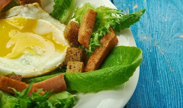 Salade lyonnais - francja, w tym sałatki z bliska