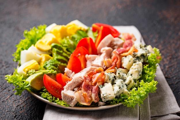Sałatka cobb, tradycyjne amerykańskie jedzenie