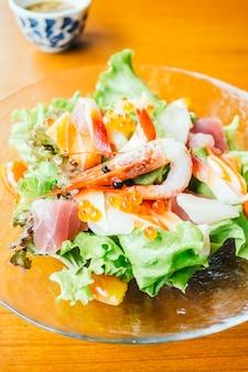 Sałatka sashimi