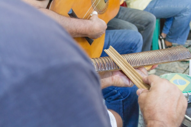Samba jest częścią kultury carioca i jednym z najbardziej tradycyjnych miast w kręgach samby