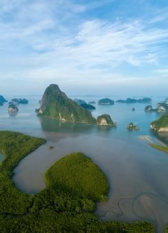 Samet nang ona jest najlepszym punktem widokowym na zatokę phang nga w phangnga