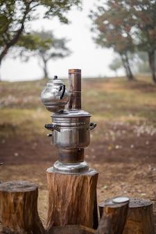 Samowar vintage do robienia herbaty