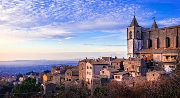 San martino al cimino, historyczne miasto etruskie w prowincji viterbo we włoszech
