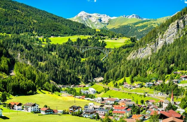 Sankt jodok am brenner, wieś w austriackich alpach