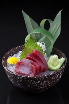 Sashimi z tuńczyka, maguro sashimi